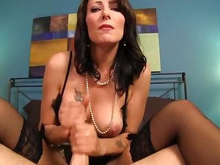 good boy love mommy handjob 4