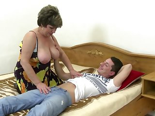 Tender mature mother wakes up not her son