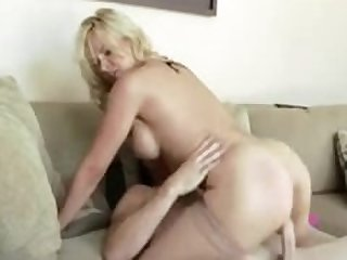 NastyPlace.org - Beautiful mom in..
