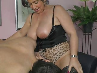 German mom shows boy how to make a woman..